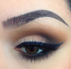 Neutrals - Trends & Style. Love this smokey natural eye palette. MAC Uninterrupted, Swiss Chocolate & Carbon.