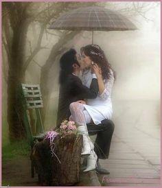 He Was A Gift... - Michael Jackson foto (10389315) - Fanpop Photo Zen, Photo D Art, Kissing In The Rain, Walking In The Rain, Umbrella Art, Under My Umbrella, Gif Animé, Animated Gif, Gif Kunst