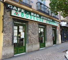 Bodegas Jiménez - C/Donoso Cortés, 66 - Madrid. Foto Madrid, Adventure Travel, Notes, Vintage Shops, Tapas Bar, Grocery Store, Antique Photos, Wine Cellars, Facades