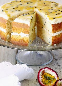 Hierdie resep kom van Marinda Steyn van Durban. Haar familie geniet dit baie. Baking Recipes, Cookie Recipes, Dessert Recipes, Passion Fruit Cake, Ma Baker, Wedding Cake Flavors, Big Cakes, Just Desserts, Cupcake Cakes