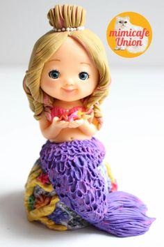 Mermaid Fondant Cake Topper by Sachiko Windbiel