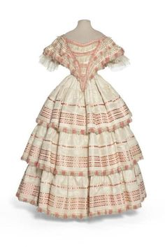 Evening dress or ballgown, 1855-58 France