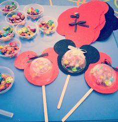 Şekerlemelerden Karne hediyeleri🎈Çok tatlış olmamış mı sizcede💞Elinize sağlık🍭 @senay_s_tas #karne #karnehediyesi #hayırlıramazanlar… Art Education, Minis, Art For Kids, Istanbul, Elsa, Projects To Try, Classroom, Treats, Activities
