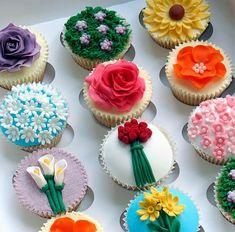 Ou cupcakes de flores! Na verdade esse pode ser o famoso dois em um: chocolate e flores para derreter o coração da pessoa amada. Cupcake de ...