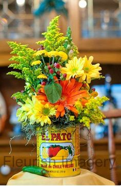 In San Antonio, we celebrate Fiesta! Wouldn't this make the cutest table decor during Fiesta season? Mexican Fiesta Party, Fiesta Theme Party, Taco Party, Party Themes, Mexican Theme Parties, Party Ideas, Mexican Fiesta Decorations, Mexican Wedding Decorations, Mexican Theme Baby Shower
