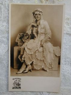Vintage photo-postcard, lady in lace costume, baroque style Rozgonyi Budapest Baroque Fashion, Photo Postcards, Budapest, Vintage Photos, Vintage Ladies, Costumes, Statue, Antiques, Lady