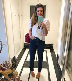 A imagem pode conter: 1 pessoa Look Fashion, Womens Fashion, Tumblr Outfits, Work Looks, Summer Looks, Casual Outfits, My Style, Minimalist, Clothes