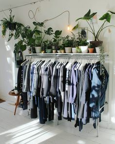 . Modern secondhand clothing, new young Dutch design, vintage items + plants . Mon - Sat 11 - 19 Sunday 13 - 17 Frans Halsstraat 35 Amsterdam .