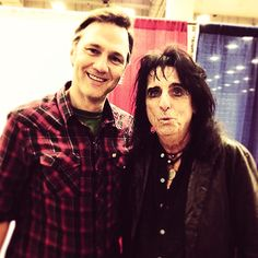 THIS IS SUCH A CUTE PIC OF DAVID MORRISSEY.  WISH ALICE COOPER WASN'T IN IT.  HE RUINED THE CUTENESS OF  IT