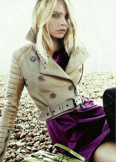 :::: Luv to Look ::: Style | Hair | Makeup | Trends | Beauty | Fashion: Incredible sand coat on Cara Delevingne