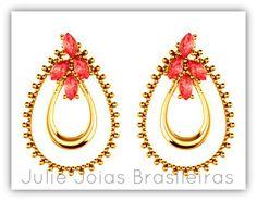 Brincos em ouro 750/18k e cristal de turmalina (750/18k gold stud earrings with tourmaline crystal)