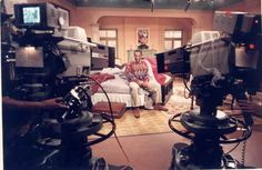 """Bill Cosby insisted that the show be filmed in New York because he disliked Hollywood. 