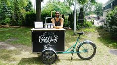 Café Paquebot 🌞Summer vibes with a 😎Nitro Cold Brew🍧 from Le Vélo du PAQ Find it on Crema app Nitro Cold Brew, Best Coffee, Summer Vibes, Montreal, Four Square, Coffee Shop, Brewing, The Neighbourhood, Indie