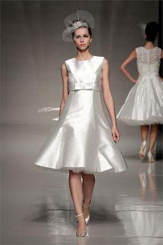 Blu Bridal stile anni 50