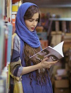Muslim Girls, Muslim Women, Jean Racine, Iran Girls, Persian Girls, Arabian Beauty, Muslim Beauty, Iranian Women, Persian Culture