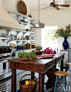 Gorgeous cottage country kitchen. Love the vintage table island.