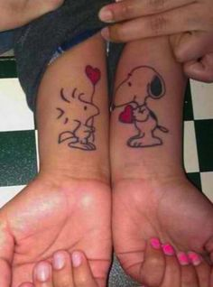 35 tattoo ideas for couples - Snoopy loves Woodstock couple tattoos.