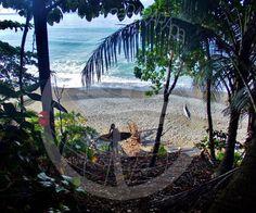 Vivir viajando como mochilero. Pavones. Costa Rica.