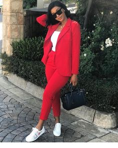 Cute red and white style Casual Summer Outfits For Women, Business Casual Outfits, Classy Outfits, Stylish Outfits, Suit Fashion, Curvy Fashion, Fashion Outfits, Suits For Women, Clothes For Women