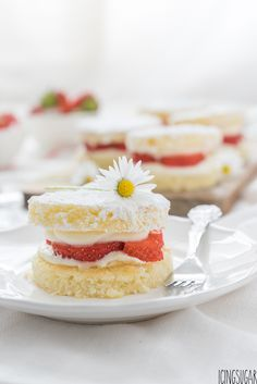 Coconut Cakes with Mascarpone Strawberry Filling {by Icing-Sugar.net}