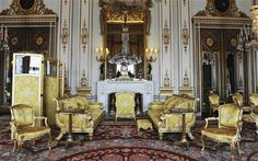 Buckingham+Palace+Private+Apartments   The Queen has advertised for a maid who is good at cleaning antiques ...
