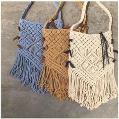 Одноклассники Macrame Bag, Macrame Knots, Macrame Jewelry, Macrame Projects, Crochet Projects, Net Bag, Boho Bags, Macrame Patterns, Knitted Bags