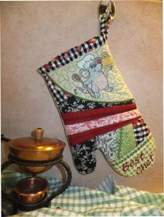 OregonPatchWorks.com - Sets - ITH Oven Mitt BEST CHEF