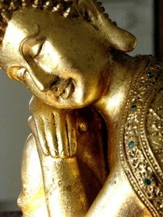 Gold peacefulness of the sleeping Buddha Buddha Zen, Gautama Buddha, Buddha Buddhism, Buddhist Art, Namaste, Serenity, Golden Buddha, Religion, Buddhist Philosophy