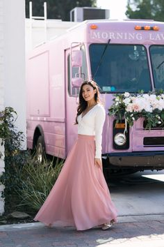 35 ideas engagement brunch outfit tulle skirts for 2019 Black Skirt Outfits, Maxi Skirt Outfits, Maxi Skirts, Amelia, Sunday Brunch Outfit, Western Outfits, Ladies Dress Design, Pink Maxi, Lace Tops