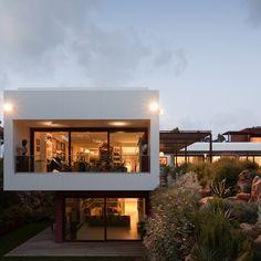 Fragmentos de Arquitectura | Quinta da Marinha | Lisboa | Arquitetura | Architecture | Atelier | Design | Indoor | Details | Minimal | Minimalism | Minimalist