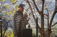 The Fashion Shadow: #Nella campagna ligure con un cappotto pied de pou... #Mamaredbag