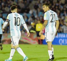 Messi Vs Ronaldo, Messi 10, Lionel Messi, Juventus Players, Juventus Fc, Argentina Fc, Juventus Wallpapers, Neymar, Football Players