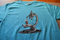 camiseta microscopio turquesa