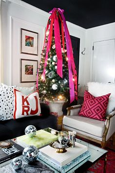 the HUNTED INTERIOR: Holiday Home Tour 2014