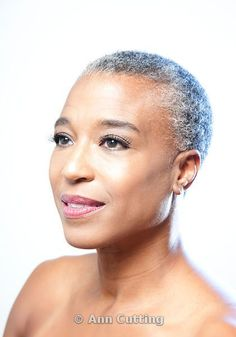 Short Hairstyles for Black Women with Natural Gray Hair Short Grey Hair, Short Hair Cuts, Short Hair Styles, Black Hair, Bald Women, Ageless Beauty, Natural Women, African American Hairstyles, Beautiful Black Women