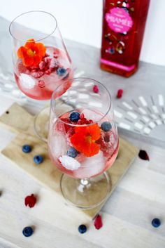 Miamée mit Prosecco und Berren // Miamée with Prosecco and Berries by http://babyrockmyday.com/miamee-mit-prosecco/