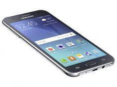 """Smartphone Samsung Galaxy J5 Duos 16GB Preto - Dual Chip 4G Câm. 13MP + Selfie 5MP Flash Tela 5"""" com as melhores condições você encontra no Magazine Sisusy. Confira!"""