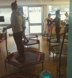 #heute#war#mal#jumping#fitness#angesagt#trampolin#musik#spaß#power#powerful#girls#gym#gymnastics#gymflow#gymnasticslife#crunches#squats#lowcarb  by mi_fe0312
