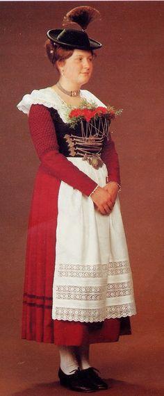 ff60e15cee8fc FolkCostume amp Embroidery  Women s Costume of Miesbach region