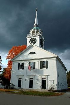Classic New England Congregational church in Amherst Village, New Hampshire.