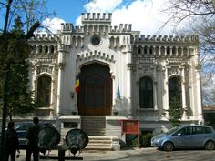 Beautiful Architecture, Romania, Exotic, Mansions, House Styles, Bucharest, Fancy Houses, Mansion, Manor Houses