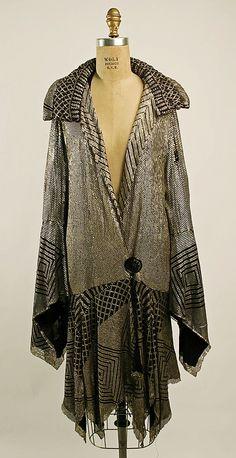 Evening coat - c. 1926 - Made in France - Cotton, metallic thread