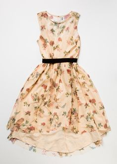 The New LC Lauren Conrad Snow White Collection Is the Fairest of Them All | Floral Snow White holiday dress from Kohl's | [ http://di.sn/60058EYTJ ]