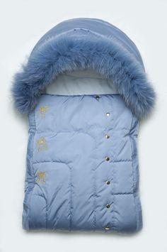 Зимний детский конверт для новорожденного на утеплителе PolyTex с натуральной песцовой опушкой. Конверт разработан для холодной морозной зимы. Подходит для новорожденных малышей ростом от 56-68 см. Утеплитель - материал PolyTex (плотность 300 г/м2). Внутри мягкий хлопок. Мех на молнии, отстегивается. Передняя часть конверта стягивается спецальным фиксатором (на уровне шеи). Цвета: розовый, голубой, белый. 977 грн. Доставка: 1-2 дня. *бесплатная доставка Новой почтой (при заказе от 500 гривен…