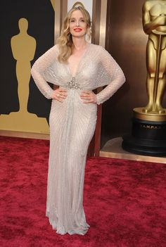 Oscar 2014 fave (2 of 3): Hands up, I love Julie Delpy, so I may be biased. But I think she really suits this vintage number, with the lines converging towards the jewelled waist, enhancing her gorgeous figure.