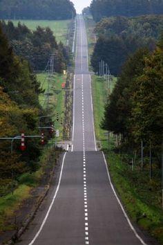 long long up down road, Hokkaidou, Japan Beautiful Roads, Beautiful World, Beautiful Images, Photo Background Images, Photo Backgrounds, Japanese Landscape, Roadtrip, Image Hd, Nature Pictures