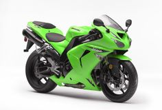 2006 Kawasaki Ninja ZX-10R. Maybe my favorite generation (06-07). Great aero and better stability under power, due to a longer swingarm. The styling gained a touch more softness and integration, and I think it looks great.