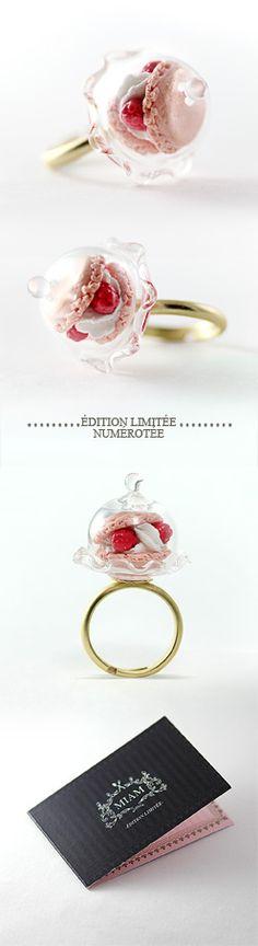 macaron ring =] by murtsss Harajuku Fashion, Kawaii Fashion, Lolita Fashion, Kawaii Jewelry, Cute Jewelry, Jewelry Accessories, Visual Kei, Mini Macaron, Polymer Clay Charms