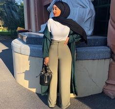 Muslim Fashion 211669251225202494 - Source by inesbengaied Hijab Fashion Summer, Modest Fashion Hijab, Modern Hijab Fashion, Street Hijab Fashion, Muslim Women Fashion, Hijab Fashion Inspiration, Fashion Outfits, Hipster Outfits, Outfits Casual