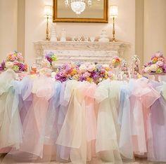 いいね!2,719件、コメント1件 ― プレ花嫁の結婚式準備サイト marry【マリー】さん(@marry_editors)のInstagramアカウント: 「*̣̣̥◌⑅⃝♡ レインボーカラードレスのような とーっても可愛らしい#チュール高砂 を発見✨ * 花嫁さんのテーマは#パステルレインボー  カラフルなお花の周りには #マカロンタワー…」